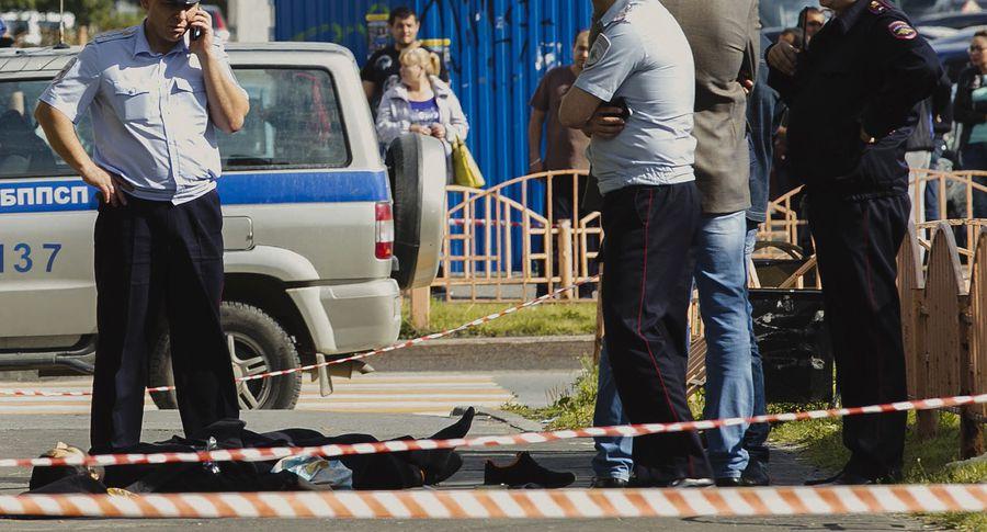 Запись скамеры наблюдения: перед резней Гаджиев поджегТЦ