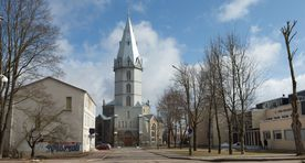 State ponders purchase of big church building in Narva