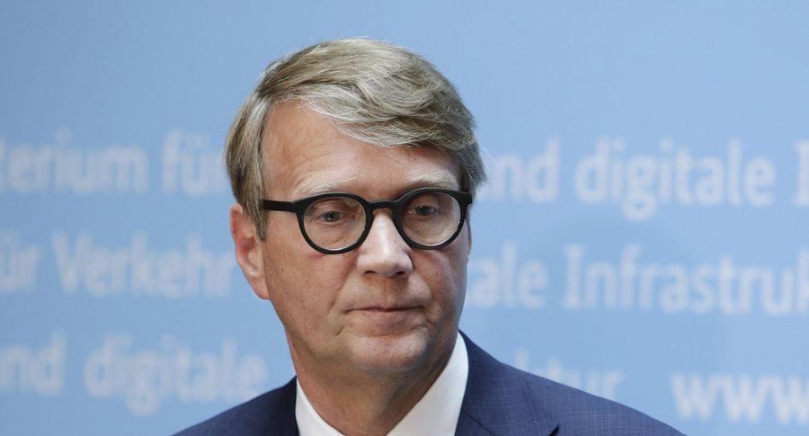 Путин: «Петербургский диалог» служит существенным каналом народной дипломатии междуРФ иФРГ