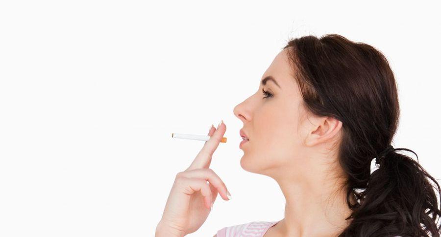У девушек чаще развивается аутизм, если ихбабушки курили впроцессе беременности