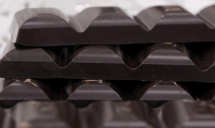 Смотри иоблизывайся: тонна шоколада вылилась наулицу немецкого города