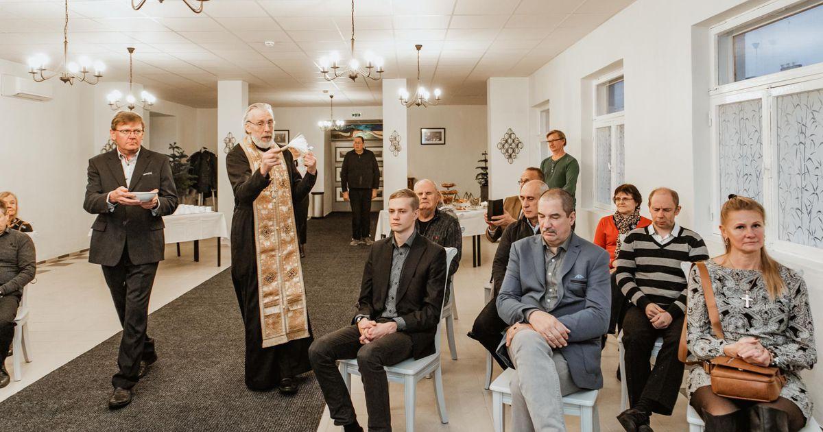 Galerii: suvel süüdatud kabel avati kurjade vaimude väljaajamisega
