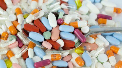 Enamik mikrotoitaineid same kätte toidust. Erandiks on kaks vitamiini, mille lisatarbimise suhtes ollakse ühel meelel: need on vitamiin D ja foolhape.