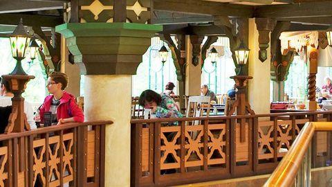Menukas restoranikett pani ajutiselt uksed kinni