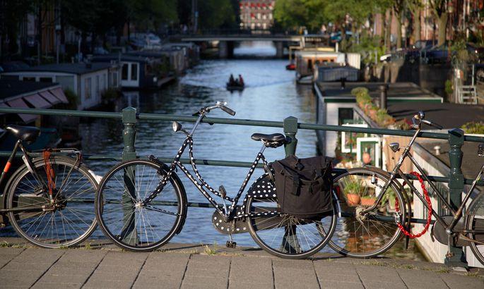 649f55b4deb Amsterdam võib uhkeldada maailma kõige jalgrattasõbralikuma linna tiitliga.