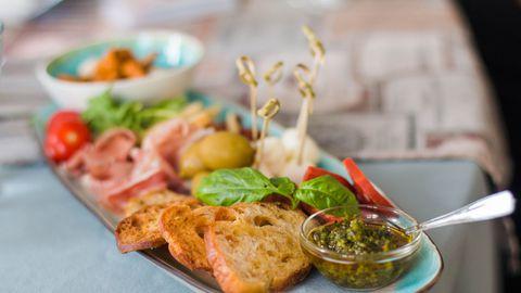 Neerude tervise tagamiseks peab toitumises ekstreemsusi vältima ja otsustama mitmekülgse menüü kasuks.