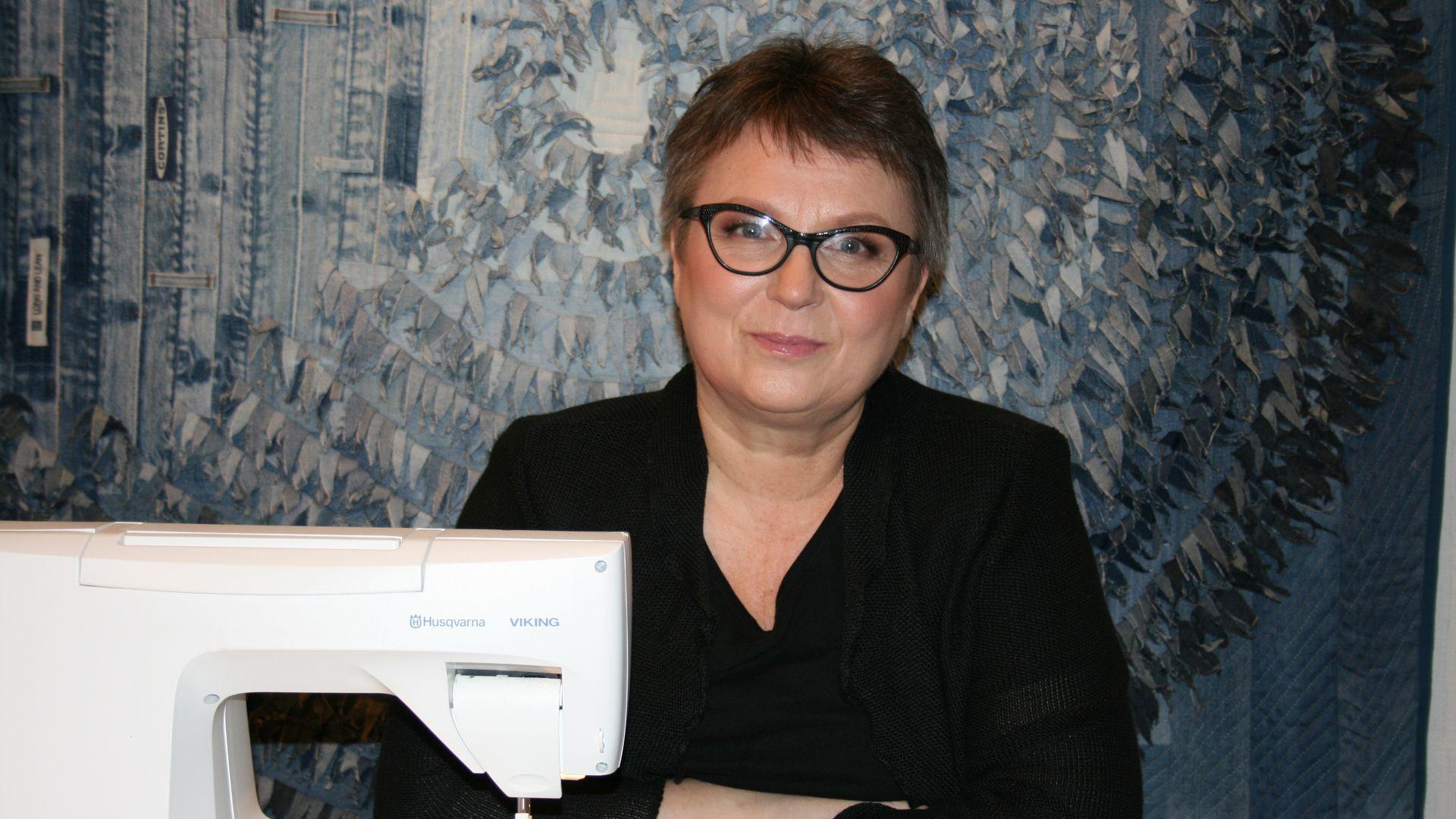 Lapitöömeister Marja Matiisen:  mõnda oma näitusetööd vaadates ei usu ise ka, et mina nii suure töö valmis olen teinud!