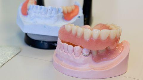 Proteesid, hambad, hambaravi.