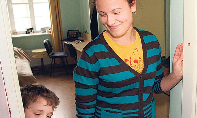 27bd6593695 Viira kooli õpilaskodu toad on väikesed ja mugavad, kõik eluks vajalik  käe-jala juures.