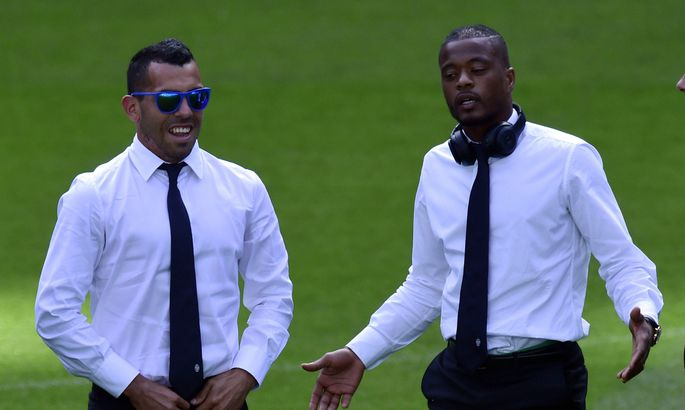 bd778b6acc4 Carlos Tevez (vasakul) ja Patrice Evra on Torino Juventuses mängides  leidnud oma karjäärile uue hingamise. Tevez on isegi tagasi murdnud  Argentina koondise ...