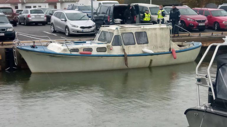 Кберегам Эстонии море принесло катер с 2-мя мертвыми финнами наборту