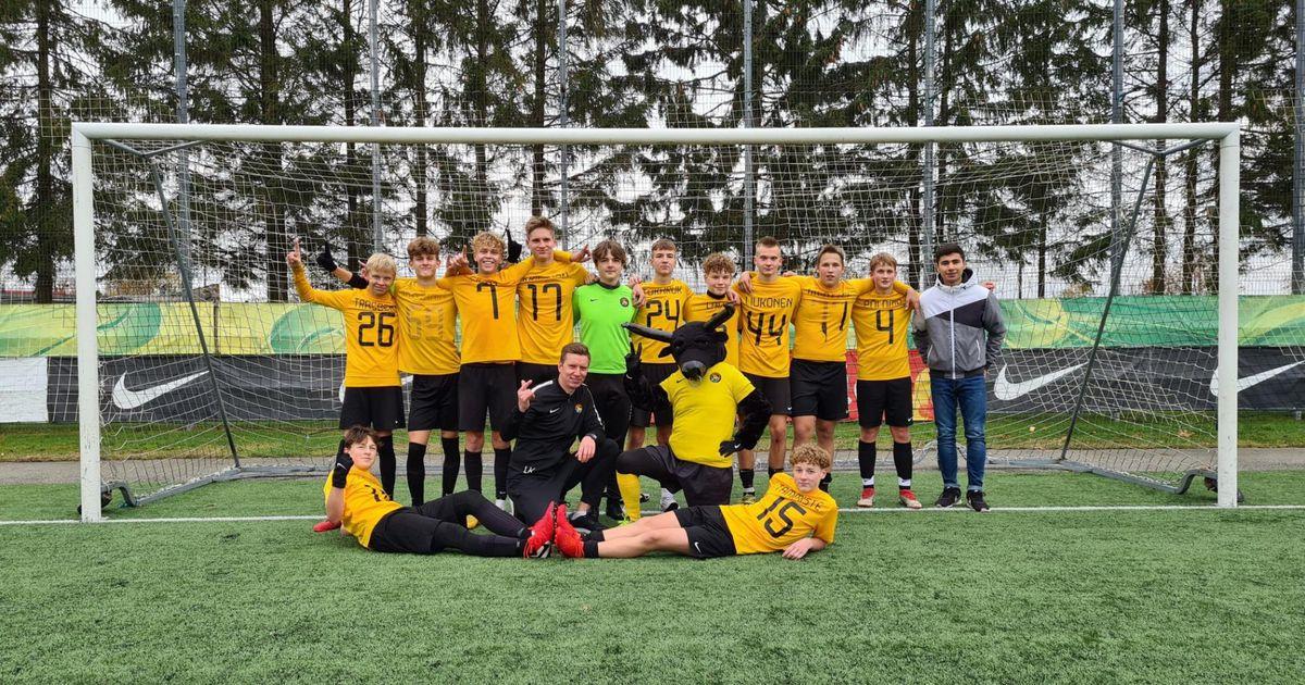 Jalgpallinoored tunnistasid teises liigas võite