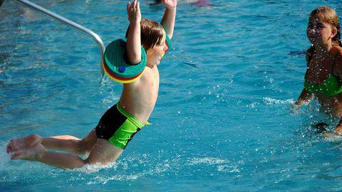 Vahel ei taha lapsed näiteks pärast ujumaskäiku pesema minna, kuigi see on vajalik.