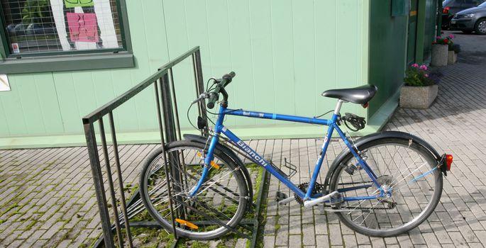 678de824935 Tartu toetab korteriühistuid rattaparklate, jäätmemajade ja ...