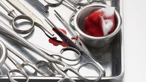 Arsti töövahendid. Pilt on illustratiivne.
