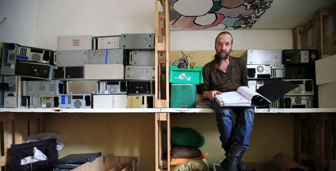 ba80d78fbc2 ... kus on kirjas kõik need inimesed ja organisatsioonid, kes on saanud  tänu tema panusele tasuta töökorras arvuti. | FOTO: Margus Ansu
