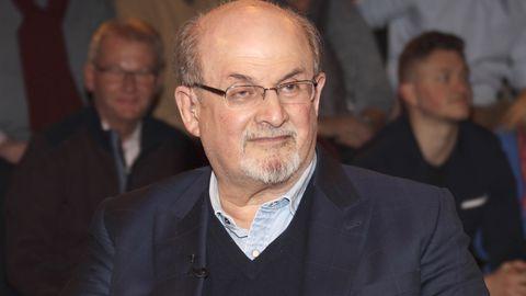 Salman Rushdie bei der Aufzeichnung der ZDF-Talkshow Markus Lanz im Fernsehmacher Studio auf dem Phoenixhof. Hamburg, 12.11.2019 *** Salman Rushdie at the recording of the ZDF talk show Markus Lanz in the Fernsehmacher Studio at the Phoenixhof Hamburg, 12 11 2019 Foto:xgbrcix/xFuturexImage