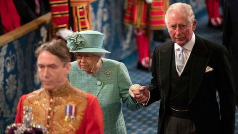 Ühendkuningriigi kuninganna Elizabeth II ja prints Charles.