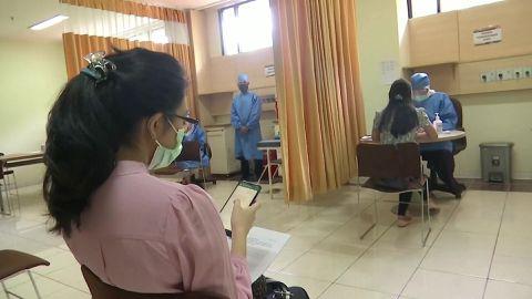 claire_reuters_indoneesia_vaktsiin.mp4