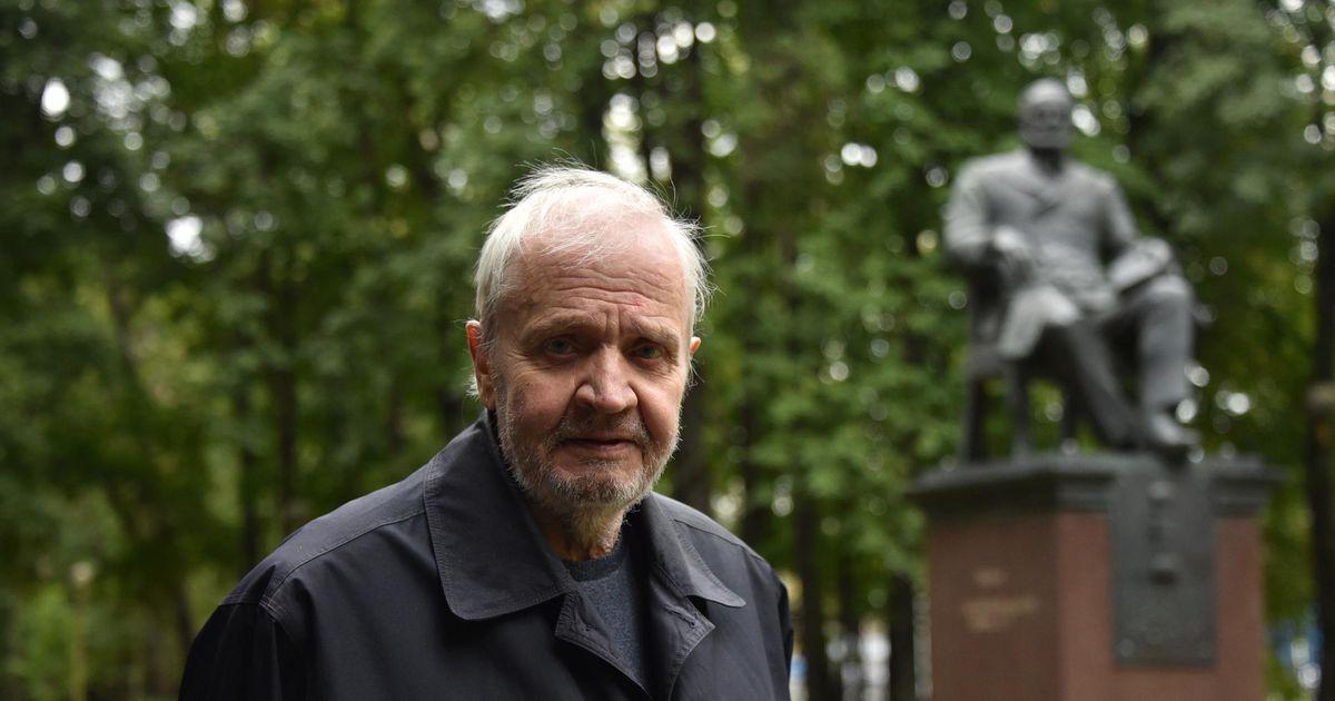 Eesti NSV esikommunisti poeg tõmbab kardina isa eluteelt