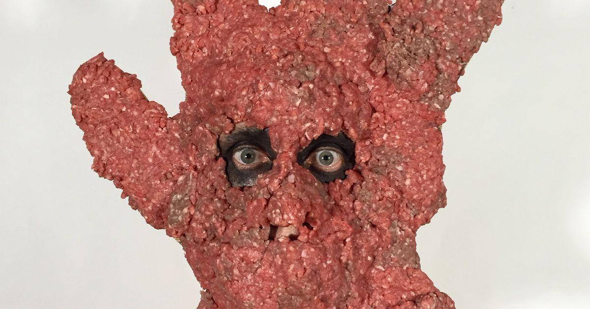 Kunstnik, kes teeb oma näost šokeerivaid installatsioone