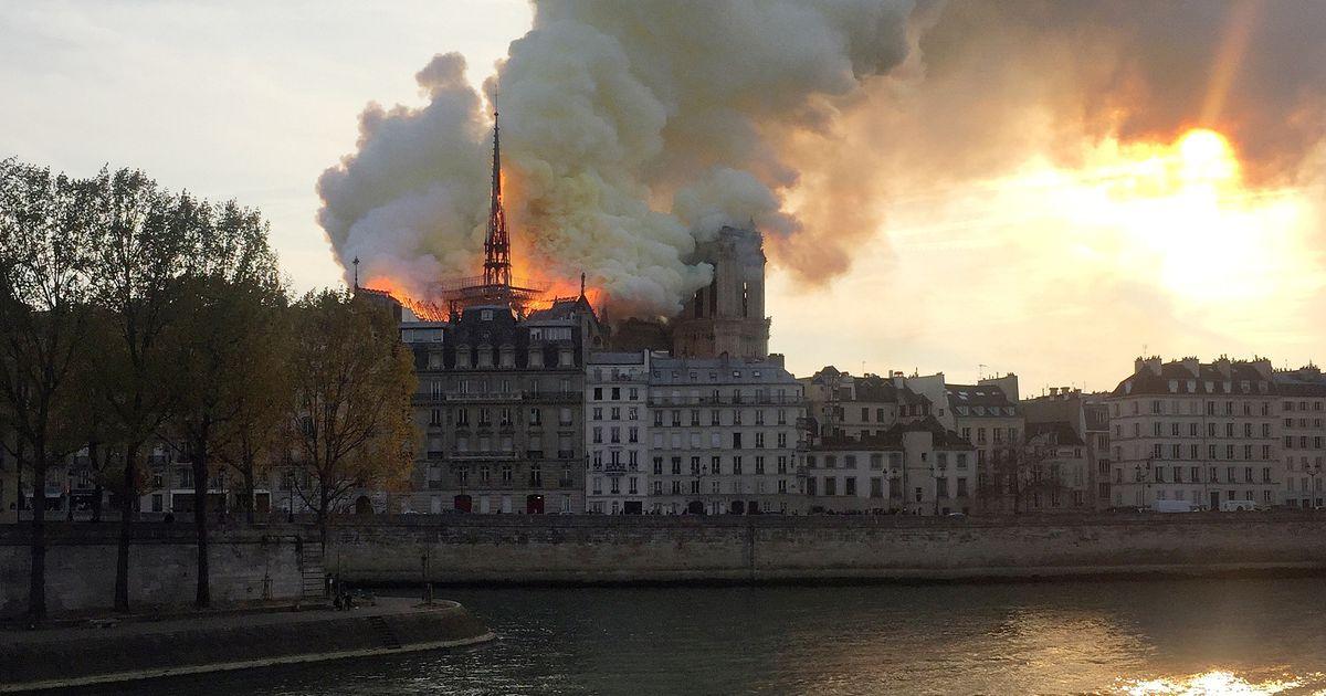 Videod: Pariisis põleb Jumalaema kirik
